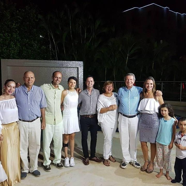 Carlos Cabrera en familia.